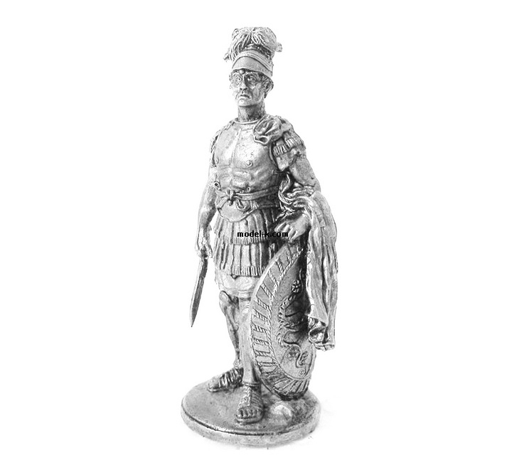 1:32 Scale Metal Figure of The military tribune